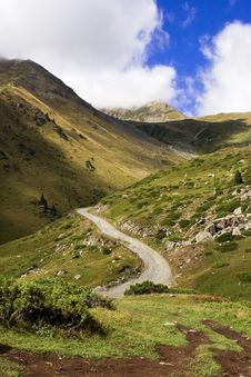 Free Mountains Road In Tien Shan Stock Photos - 3850763