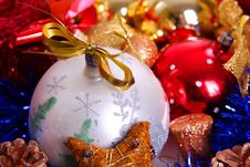 Free Festive Star In Hand Royalty Free Stock Photos - 3854538