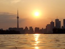Free Sunset Lake View Of Downtown Toronto Stock Image - 3856211