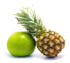Free Pineapple And Pomelo Stock Images - 3858894