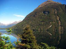 Free Mirror Lakes Stock Photography - 3859622