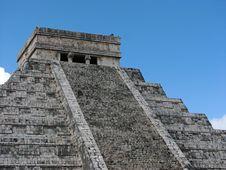 Free Kukulkan Pyramid Stock Image - 38557711