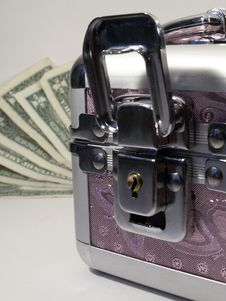 Free Pink Cascet And Cash Stock Photography - 3861912