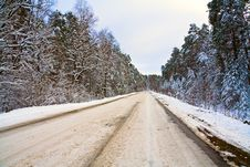 Free Winter Road Royalty Free Stock Photo - 3865955