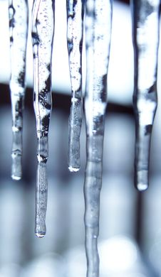 Free Warming Icicles Royalty Free Stock Images - 3867589