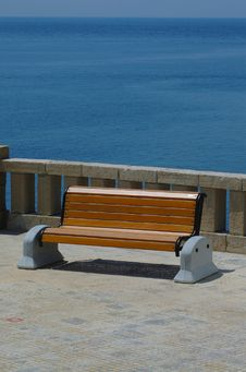 Free Seat On The Shore Stock Image - 3876381
