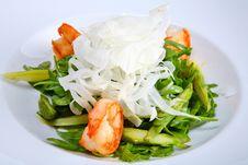 Free Green Salad With King Prawns Stock Image - 3880301