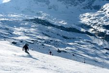 Free Skiing In Alps Royalty Free Stock Image - 3888696