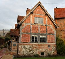 Free English Village Cottage Royalty Free Stock Images - 3893139