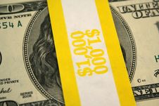 Free Banded One Hundred Dollar Bills Stock Images - 3895594