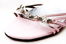 Free Elegant Beaded Pink Shoe Detail Royalty Free Stock Image - 3897116