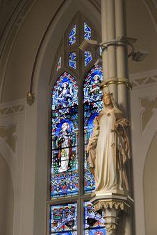Free Basilica Statuary Royalty Free Stock Photos - 391338