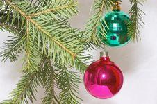Free Two Christmas Balls Stock Photography - 395522