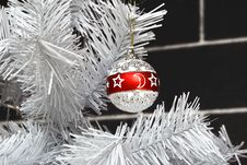 Free Christmas Ornament Royalty Free Stock Photo - 3902025