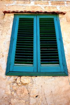 Free Closed Window Royalty Free Stock Photo - 3909905