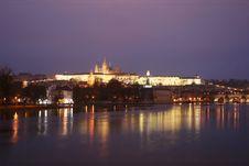 Free Prague Castle Royalty Free Stock Photo - 3913895