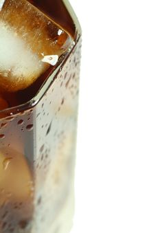 Free Ice Cubes Royalty Free Stock Photography - 3915897