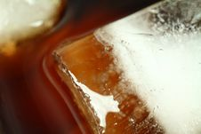 Free Ice Cubes Royalty Free Stock Photography - 3915907