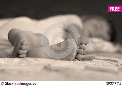 Free Little Girl Sleeping Stock Images - 3927774