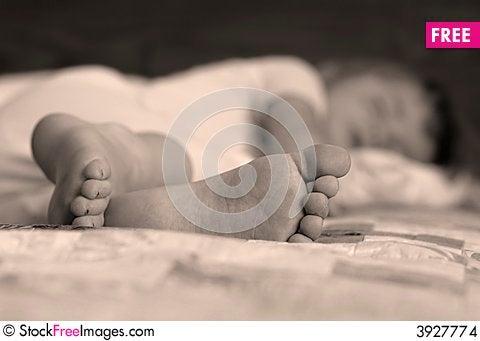Free Little Girl Sleeping Stock Images - 3927774