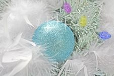 Free Blue Christmas Ball. Royalty Free Stock Image - 3920146