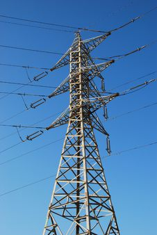 Free Electrical Tower And Wires Stock Image - 3928801