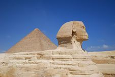 Free Sphinx And Pyramid Royalty Free Stock Photo - 3933915