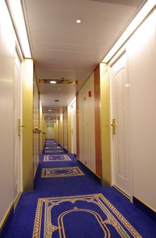 Free The Hallway Royalty Free Stock Images - 3935269