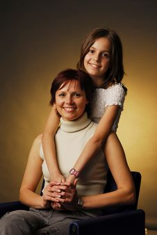 Free A Mother With Her Daughter Royalty Free Stock Photography - 3938177