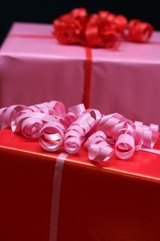 Free Red And Pink Gifts Royalty Free Stock Photography - 3939077