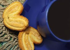 Free Cup Of Tea And  Cookies Stock Image - 3939351