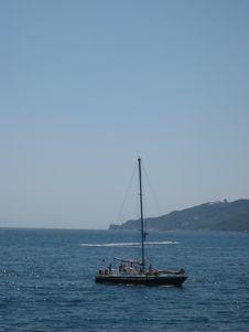 Free Sailing Boat Royalty Free Stock Photos - 3939678