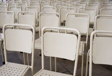 Free Empty Chair Stock Images - 3943064