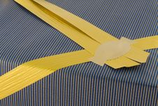 Free Present And Golden Ribbon Royalty Free Stock Image - 3944236