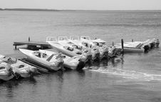 Free Boats In Black And White Royalty Free Stock Images - 3951179