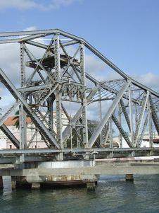 Free Rotational Bridge Mechanism Stock Images - 3951864