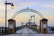 Free Capitola Wharf Royalty Free Stock Photo - 3953765