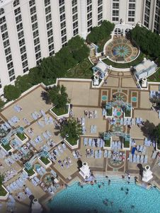 Free Hotel Pool Royalty Free Stock Photos - 3966958