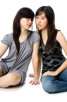 Free Sisters Sitting Royalty Free Stock Images - 3969249