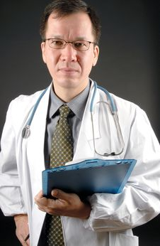 Free Male Doctor Royalty Free Stock Photos - 3969648