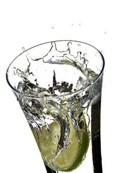 Free Glass With Water And Lemon Royalty Free Stock Photography - 3971487