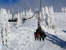 Chairlift And Lots Of Fresh Snow Stock Photography