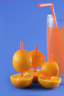 Free Boats Of Mandarins And Juice Stock Photos - 3976463