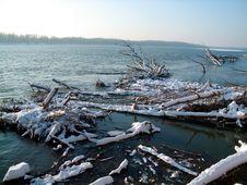 Free Beautiful Winter River Landscape Royalty Free Stock Image - 3979426