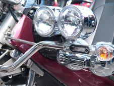 Free Motorcycle Headlights Royalty Free Stock Photo - 39838115