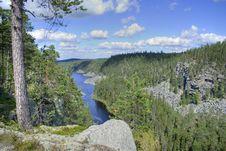 Free Panorama Of Mountain Lake Stock Images - 3991534