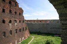 Free Oreshek Castle Royalty Free Stock Photo - 3999465