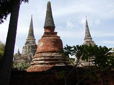 Free Three Thai Temples Royalty Free Stock Photography - 405167