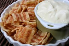 Free Chips And Dip Royalty Free Stock Photo - 4000185