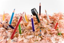 Free Colored Pencils And Pencil Sharpener Royalty Free Stock Images - 4000929